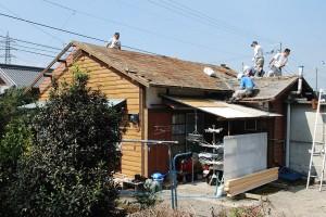屋根板の撤去