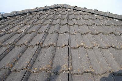 屋根瓦の塗替え