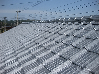 屋根瓦の塗装工事