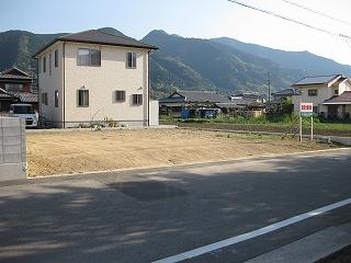 新築予定の敷地調査