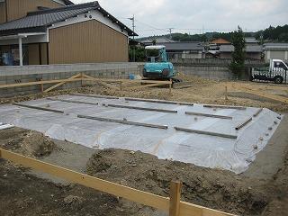 新築基礎の地盤防蟻処理