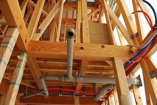 新築工事状況:給排水配管工事