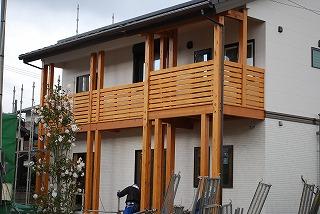 新築現場のバルコニー造作