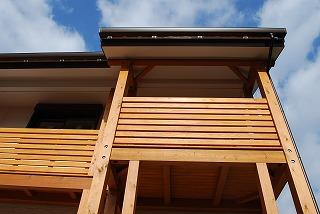 新築のバルコニー木組み完了