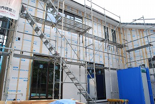 外壁サイディングを施工
