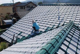 屋根瓦の塗装塗り替え工事
