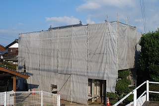 鉄骨ブロック造の塗装塗り替え工事