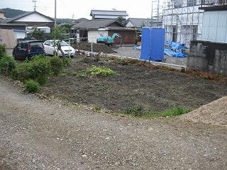 新築計画の敷地配置や造成工事