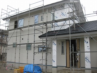 外壁サイディングの施工にはいりました