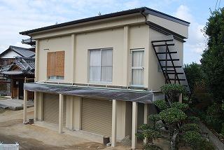 スラブへの屋根設置工事
