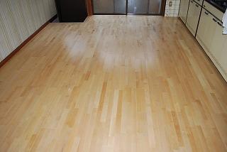 床張替え:無垢積層フローリング