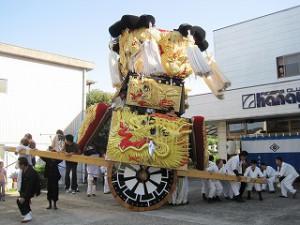 西条祭り:みこしの車輪