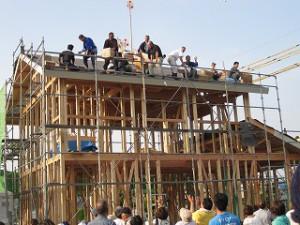 新築:建前・上棟の餅巻き
