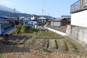 新築工事着工前の敷地