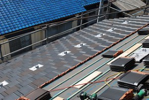 太陽光発電パネル支持瓦