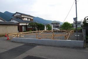新築の基礎工事着工