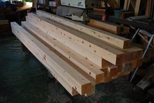 大工の構造材加工・墨付け