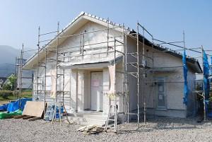 新築外部の塗装