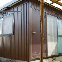 プレハブ倉庫の外壁張替え