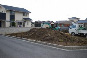 新築の敷地造成