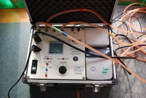 新築住宅の気密測定器