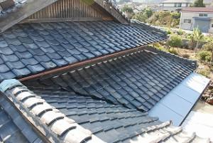 入母屋屋根の葺き替え