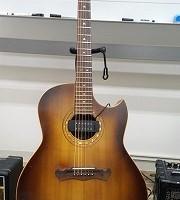 アコースティクギター