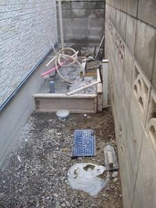 エコキュート設置コンクリートベース