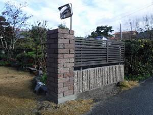 ブロック塀の積み替え