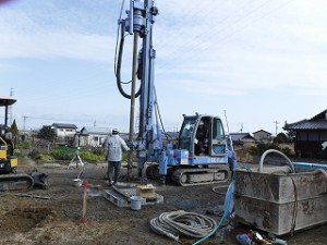新築住宅の基礎地盤補強工事