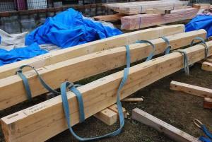 木造平屋建ての新築 建前を行いました。 屋根仕舞いが出来るまでのこの数日間は ちょっとバタバタしてて、ブログも書けなかったです!  新築住宅の建前・上棟