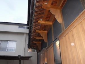 屋根瓦と軒先廻りの点検