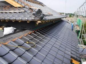 入母屋屋根瓦葺き替え工事