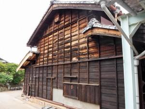 屋根破風板の取替えと外壁腰板の張替え
