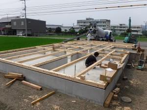 新築24坪平屋建て
