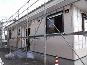新築工事外壁サイディング