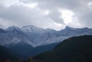 石鎚山の峰々