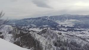 長野県戸狩スキー場でスノーボード