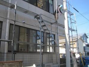 外壁タイルの防水シール工事