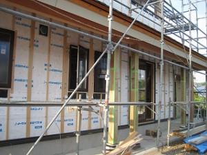 住宅の外壁防水シートの施工