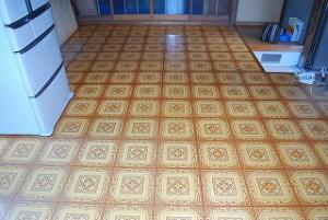 台所の床張り替え