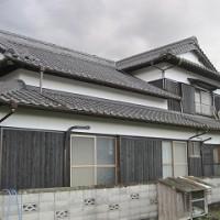 入母屋造りの住宅