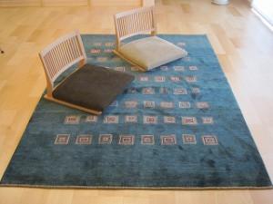 新築住宅のLDKにはペルシャ絨毯