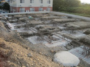 店舗新築工事の基礎工事