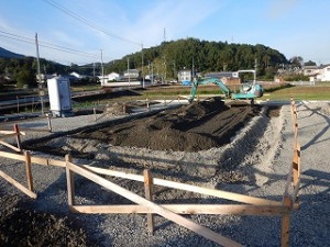 平屋建て新築基礎工事
