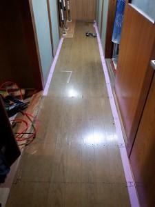 廊下床フローリング張替え