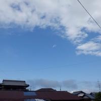 雨天の中の青空