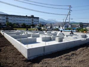 新築住宅の建前・上棟前 土台敷き