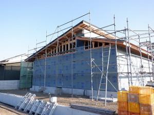 新築工事の屋根仕舞い