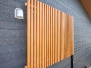 新築住宅の窓格子取付